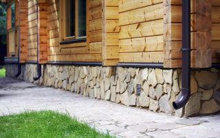 Цоколь деревянного дома — чем и как утеплить