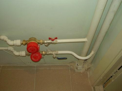 Соединение полипропиленовых и металлических труб в системе централизованного отопления