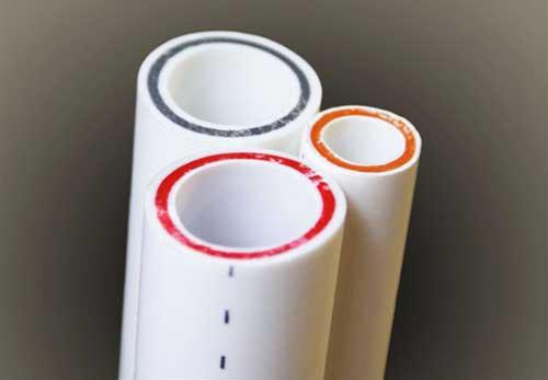 Цвет стекловолокна никак не влияет на свойства трубы
