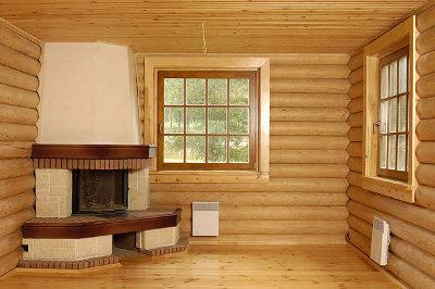 Каркасник, отделанный изнутри блок-хаусом