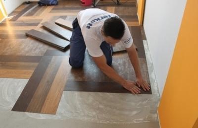 Технология укладки модульной виниловой плитки достаточно проста