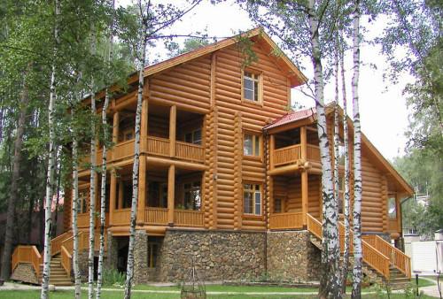 """Глядя на такой """"теремок"""" из оцилиндрованного бревна наше желание построить дом из этого же материала только усиливалось"""