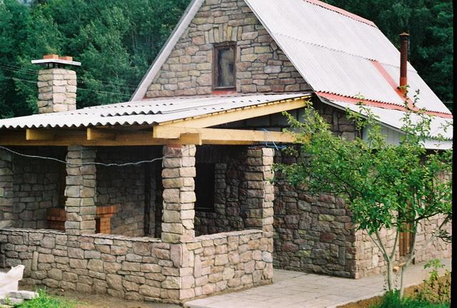 Дом из камней своими руками 75
