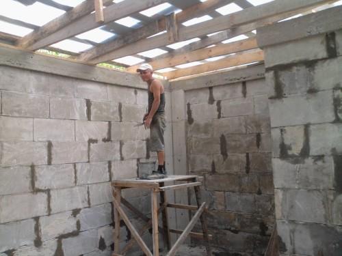Кладка стены из пеноблока